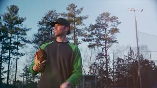 Baseball Tech Rep: Breaking in a Glove