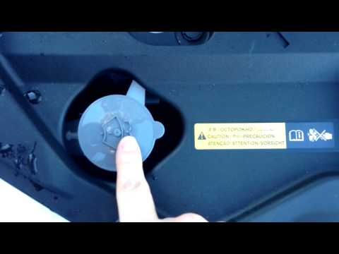 2013 Nissan Leaf - How to - Topping up your windscreen washer fluid