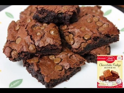 Betty Crocker Chocolate Fudge Brownies with choc chips- quick and easy baking