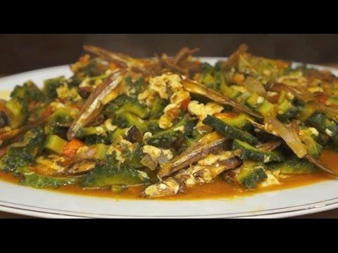 Paano magluto Dilis at Ampalaya - Dried Fish & Bitter Melon Filipino Pinoy Cooking Tagalog Gourd