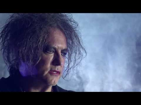 The Cure Plainsong in Hawaii 2016 - Robert Close-Up