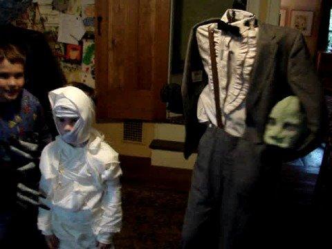 Time Warp Costume Dance