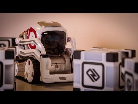 Anki Cozmo AI Robot Review & Giveaway!