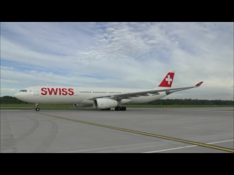 Swiss A330-300 HB-JHL landing at Zurich Airport *airside view* - 14/05/2015