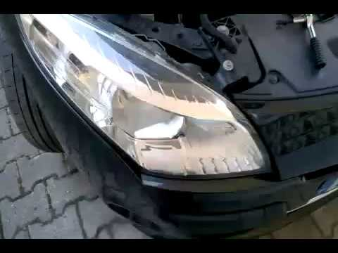 Renault Megane III MK3 - How to change headlight bulbs (Disassembly in 40 seconds)