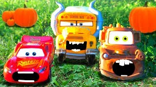 Disney Pixar Cars 3 Lightning McQueen & Mater Chased, Miss Fritter AMAZING Discovery Kids Toys Movie