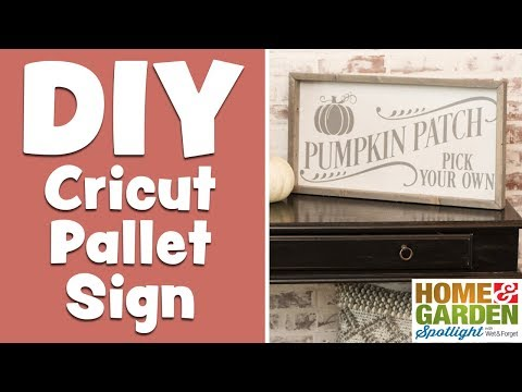 DIY Cricut Pallet Sign