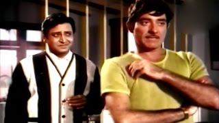 Word Fight Between Raaj Kumar & Pran @ Maryada - Rajesh Khanna, Raaj Kumar, Mala