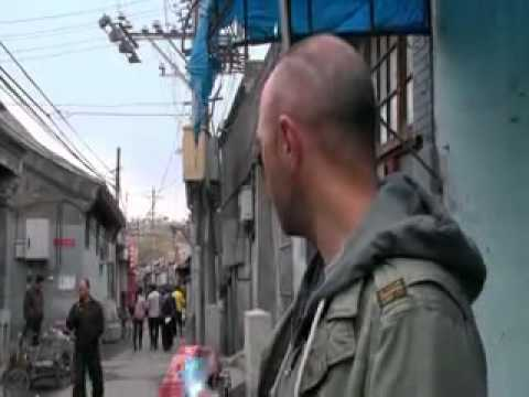 An idiot abroad - Toilets in China