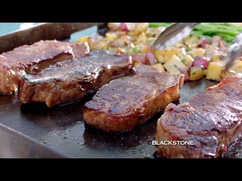 Discover the outdoor cooking flavor of Blackstone [2018 ad]