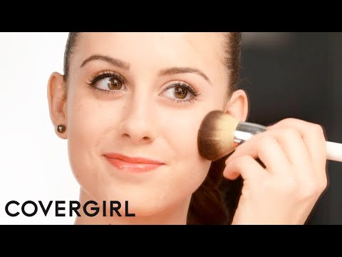 Makeup Tips: How to Apply Bronzer for Fair Skin | COVERGIRL