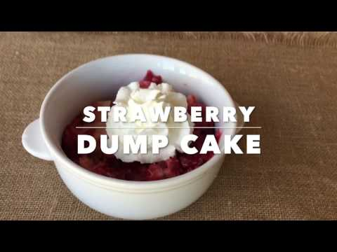 Easy Slow Cooker Strawberry Dump Cake