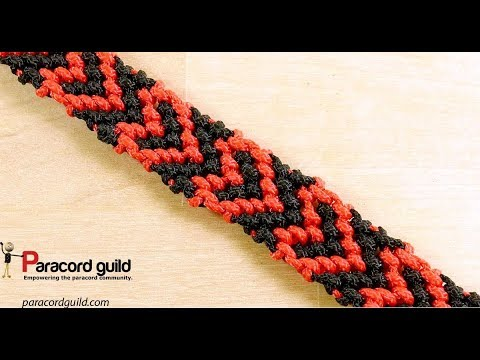 Heart pattern paracord bracelet