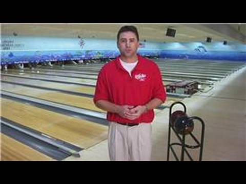 Bowling Tips & Techniques : What Weight Bowling Ball to Use