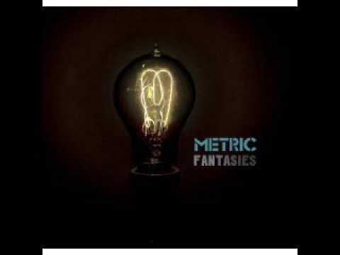Gold Guns Girls - Metric