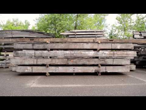 Leaders in Reclaimed Wood Manomin Resawn Timbers