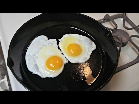 Cast Iron Cooking Non Stick Fried Eggs