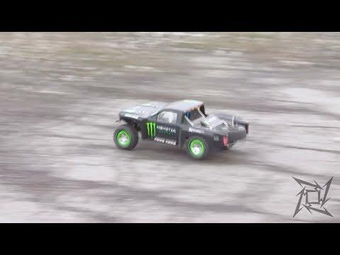 Custom RC Desert Trophy Truck. Pt #7: Sway Bars Test