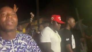 Download LIVE: Cheers and songs welcome Omoyele Sowore home ahead of Saturday's polls. Video