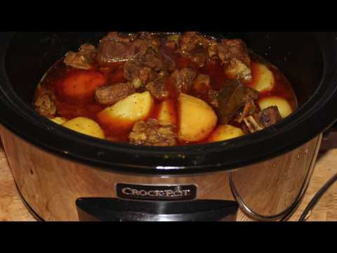 Crockpot (Slow cooker) Beef Curry- Easy