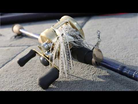 Fall Spinnerbait Bass Fishing Tips - How to Fish Deep Spinnerbaits