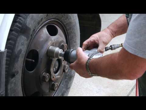 DIY: How To Remove Frozen Lug Nuts - Best Methods!