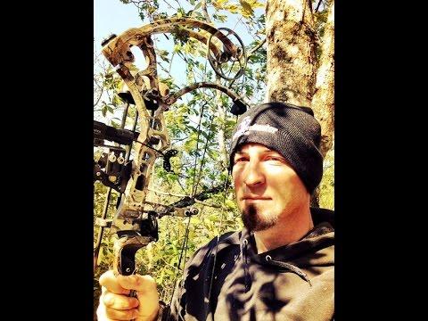 Texas Boys Outdoors- 50 Yard Bow Shot on Wild Hog-