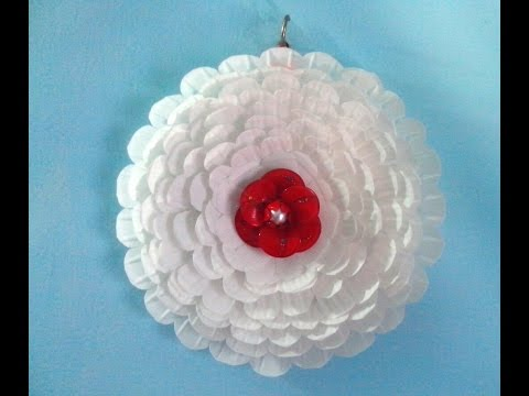 paper plate flower wall hanging.plastic plate flower wall hanging.