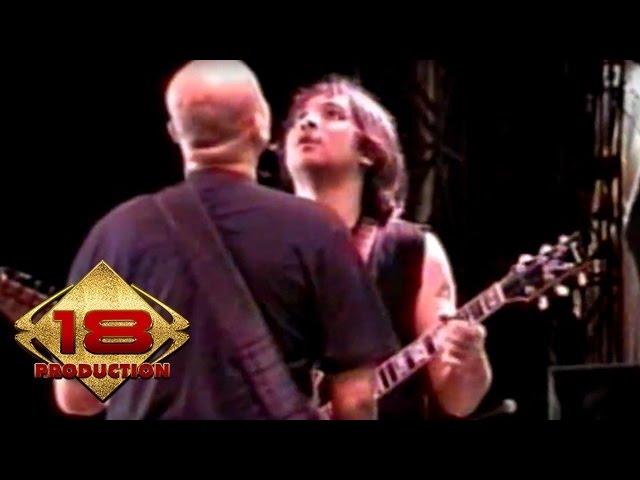 Download Netral - Cahaya Bulan  (Live Konser Manado 16 Agustus 2006) MP3 Gratis