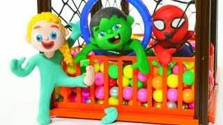 KIDS PLAYING AT THE PIT BALL ❤ PLAY DOH CARTOONS FOR KIDS