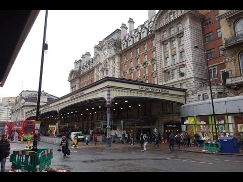 Victoria Station London 2015