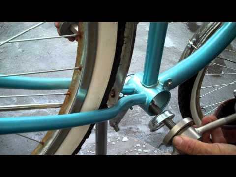 1-Piece Crank Replacement, BBT Bearing Repack on Cruiser Bike