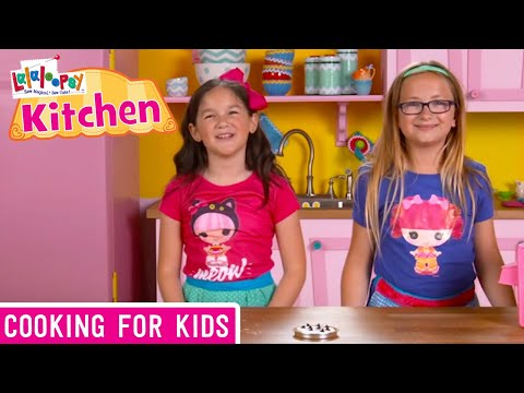 Lalaloopsy Kitchen: How to Make S'mores | We're Lalaloopsy | Now Streaming on Netflix!