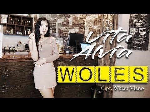 Vita Alvia Woles