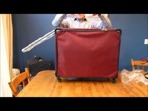 Tutto Large Pullman Suitcase - Sturdy 4 Wheel Luggage - Folds Flat, Supports up to 100lbs!