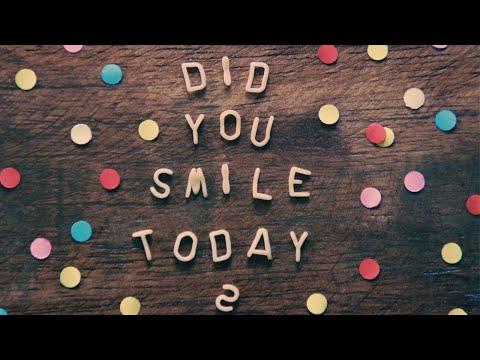 Why should Smile More - By Vinod Kumar | Hindi