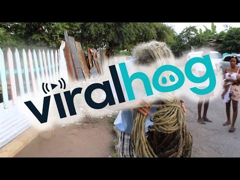 Rastaman with 40-year-old dreadlocks || ViralHog
