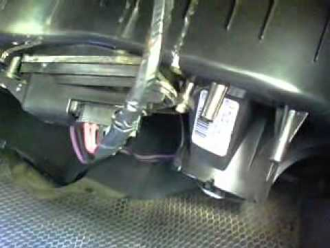 Replace Blower Motor Resistor in 2004 Silverado