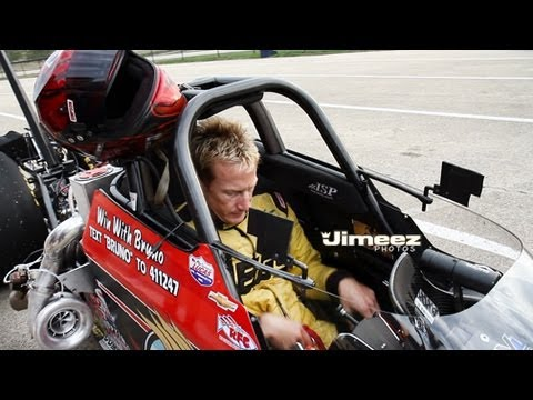 BRUNO MASSEL GETTING READY TO RUN HIS TURBO ECOtec 2.2L 4CYL DRAGSTER