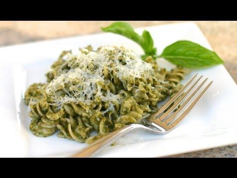 Homemade Pesto Sauce With Avocado - Fast And Easy Pesto Pasta Recipe by Rockin Robin