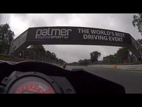 RACER JAMES HILLIER SHOWING ME LINES | BRANDS HATCH INDY