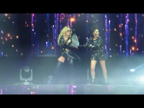 Mas Buena - Alejandra Guzman y Gloria Trevi - Versus - Oracle Arena - Oakland, CA