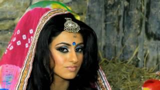 Bollywood glamourus nauthanki look