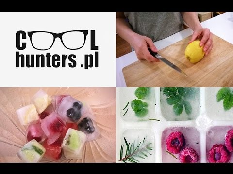 DIY  Ice cubes with fruits