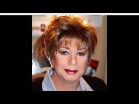 Short Hairstyles for Oval Faces Over 50