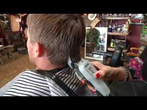 Cowboy haircut draws country music stars, others to McAllen barber shop