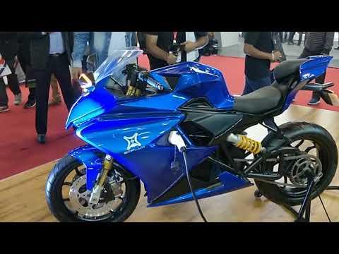 Emflux One 200km/h Electric Bike, 200Km range - price RS 6 Lakh - Auto Expo 2018 #ShotOnOnePlus