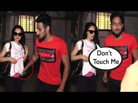 Xxx Mp4 Amisha Patel Harassed In Public By Fan 3gp Sex