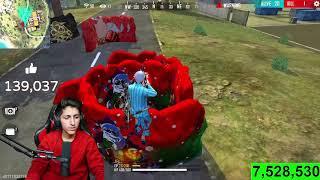 Climbing On Clock Tower Top With Unlimited Glow Walls Race With 49 Random Players - Garena Free Fire