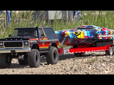 1979 Ford Bronco Launches 2018 Speed Boat - Traxxas TRX4 &